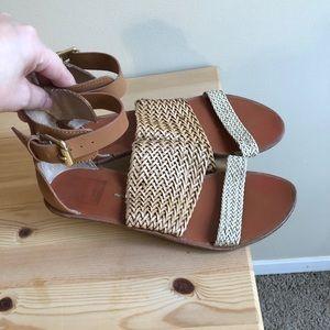Dolce Vita Strappy Sandals in Size 7.5